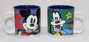 Disney-Mugs-Mickey-amp-Goofy-Christmas-theme-Disney-Store-blue-Mickey-Mouse