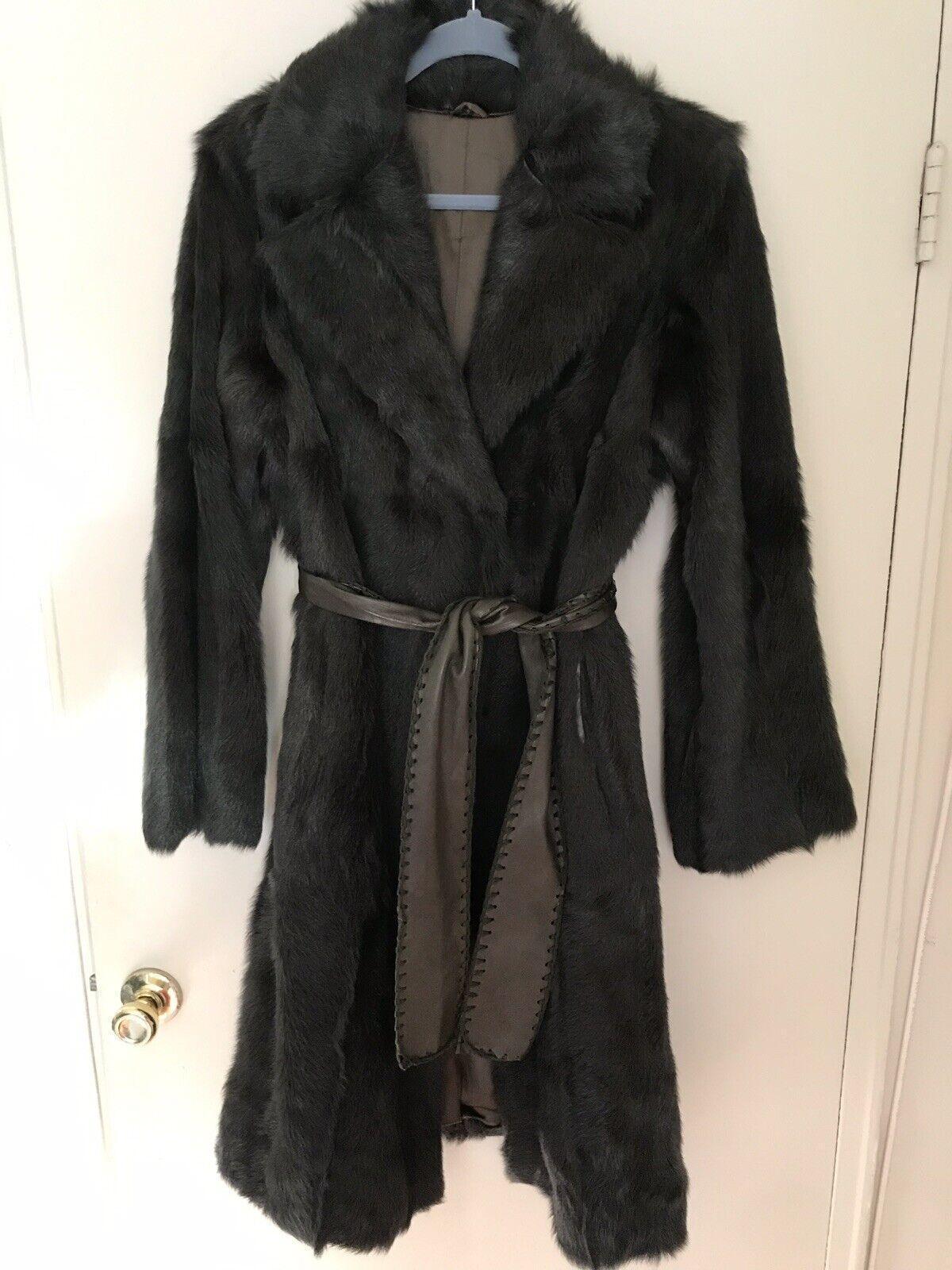 Beautiful Goat Fur Coat size 40 (Green color)