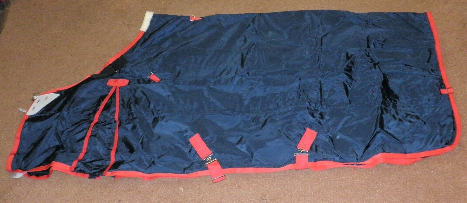 Everest 350g Heavy Turnout Rug With  Fully Adjustable Shoulder In Various Sizes