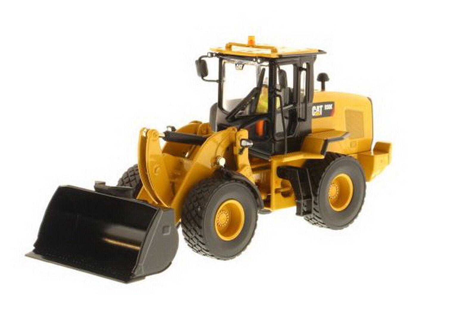 1 50 DM CATERPILLAR CAT 930K Wheel Loader Diecast Model  85266