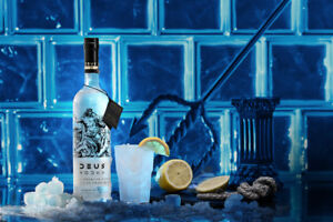 Vodka Deus - Premium Vodka Made in Italy Distilled From Wine - Italia - Vodka Deus - Premium Vodka Made in Italy Distilled From Wine - Italia