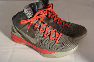 Nike-Zoom-Hyperdunk-2011-034-The-Blake-Show-034-Supreme-Mens-Basketball-Shoes-10-5