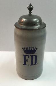 Alter-Bierkrug-mit-Zinndeckel-Hoehe-23-cm-Durchmesser-10-5-cm