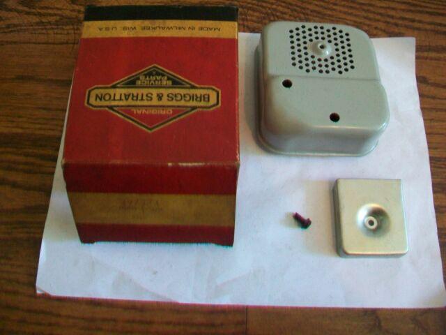 NOS Genuine Briggs & Stratton Exhaust Muffler - 297274, 494585