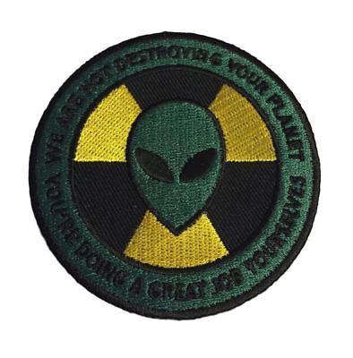 "Alien Devil Handshake Embroidered Patch 2.75"" Diameter Sew//Iron On UFO Desert"