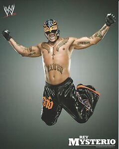 REY-MYSTERIO-WWE-WRESTLING-8X10-PROMO-PHOTO-NEW-13