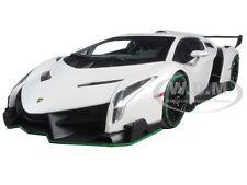 LAMBORGHINI VENENO WHITE WITH GREEN LINE 1/18 DIECAST MODEL CAR KYOSHO 09501 WG