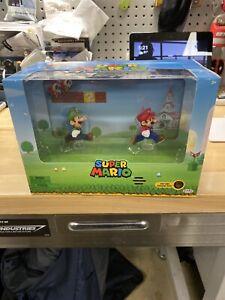 Mario And Luigi Figures With Interactive Background Sound Sdcc