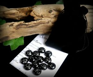 13-WITCHES-RUNES-amp-BAG-Black-and-Silver-Witch-Wicca-Pagan-Divination-Gift