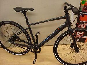 Marin-Fairfax-SC4-carbon-belt-drive-hub-gear-commute-bike-display-model-17-frame