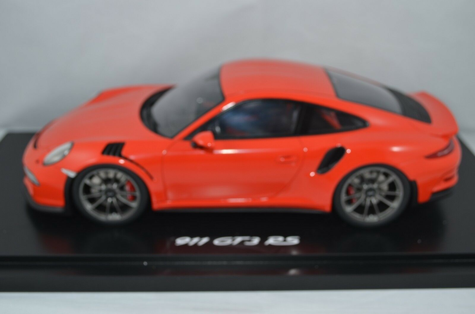 SPARK 1 18 SCALE PORSCHE 911 GT3 RS - LAVA orange - LIMITED EDITION