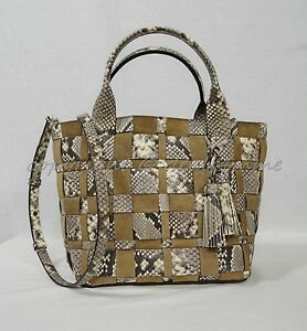 59a55b0fbcb1 Michael Kors Vivian Medium Tote in Embossed Woven Leather in Natural ...