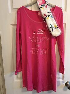 Junior Women's Jenni by Jennifer Moore  M XXL Sleep Shirt and Socks Set $36