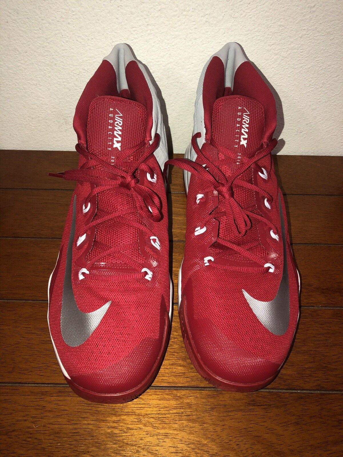df5be3591df9 (2016) NIKE Air Max Audacity Size 15.5Basketball shoes Red Grey White  863115-