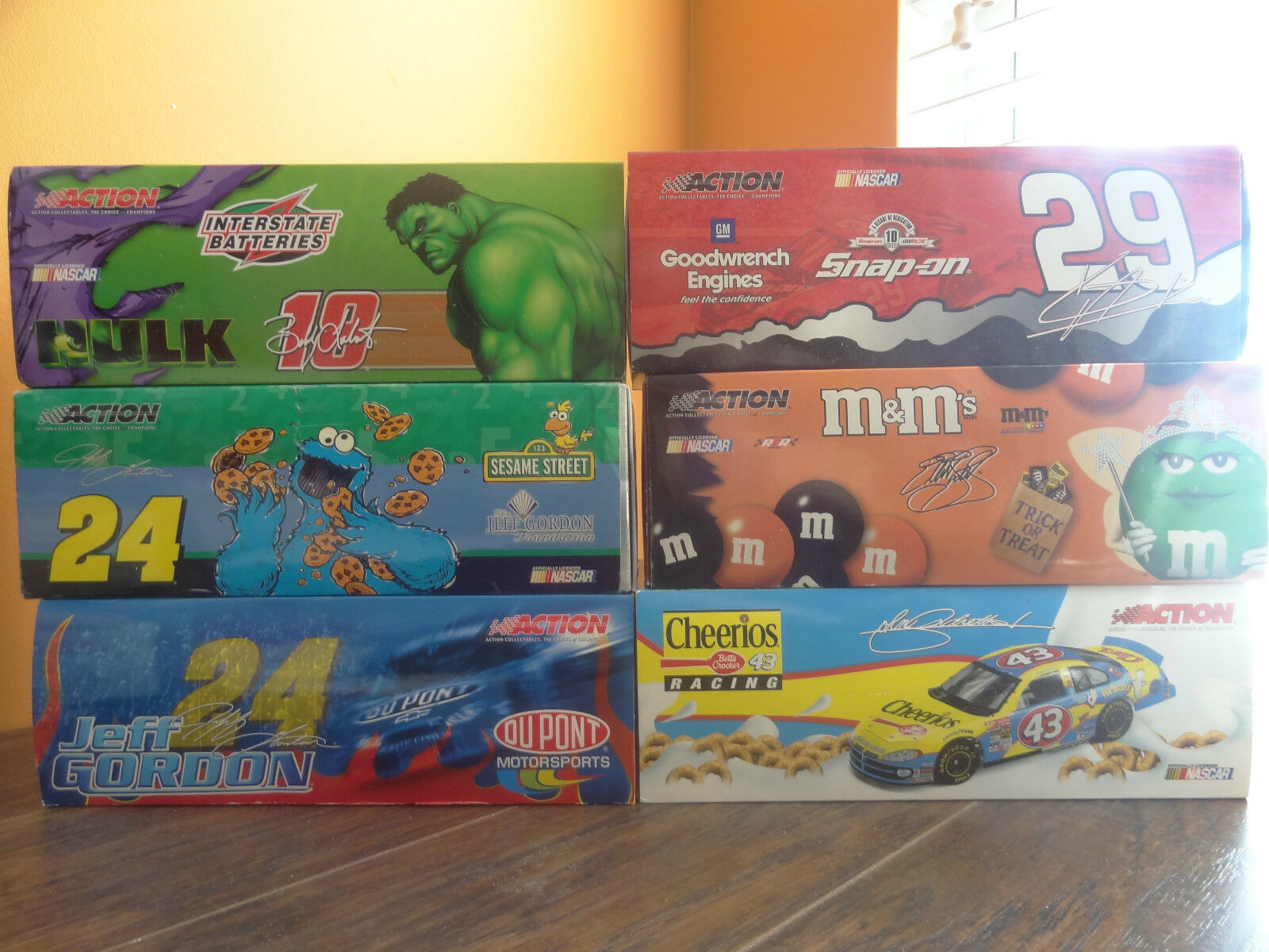 Action Cheerios Hulk Sesame Street M&M Halloween 1 24 Die Cast NASCAR 6 Car Lot