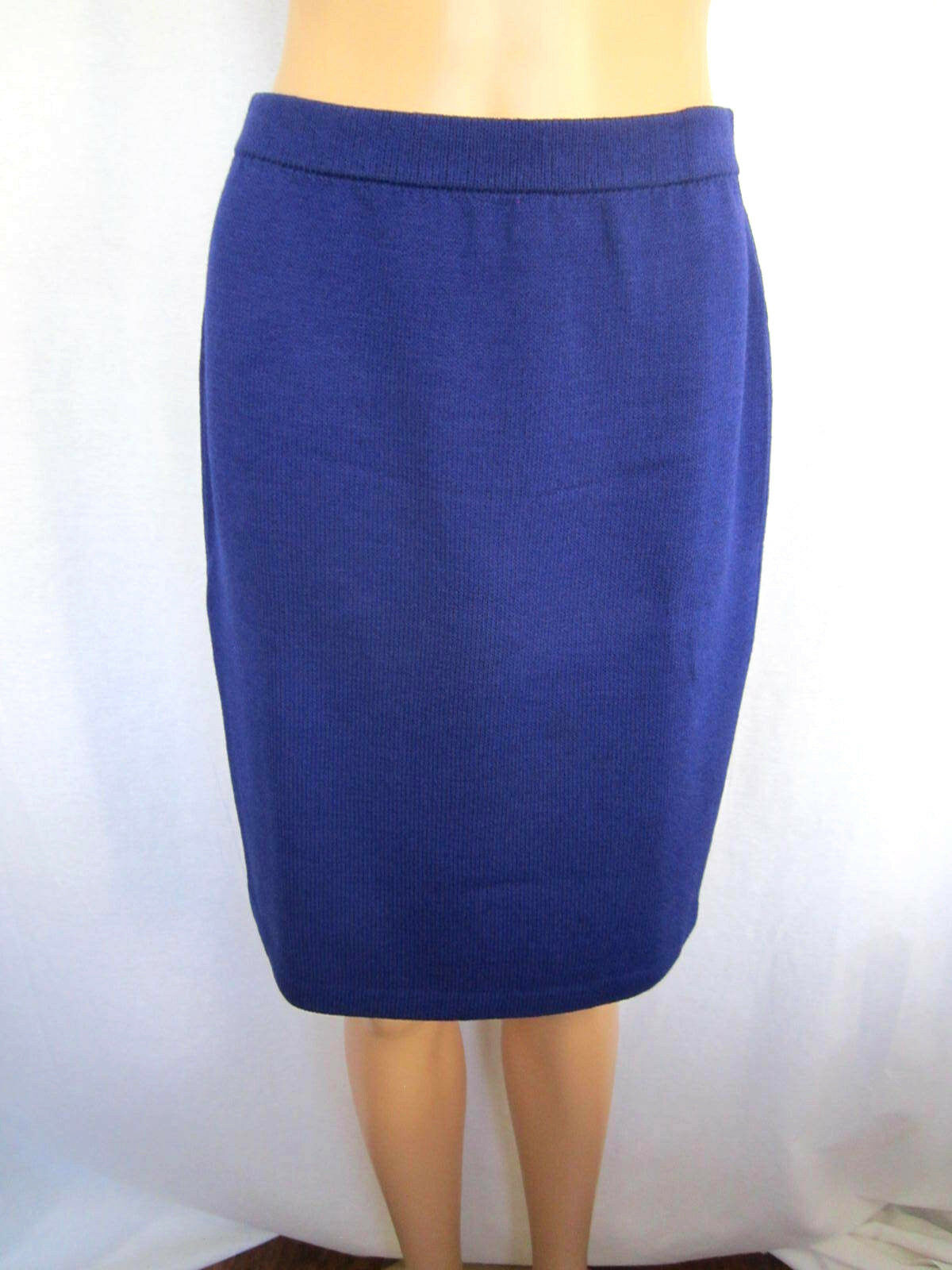 St. John Evening Women's Skirt Size 4 Purple