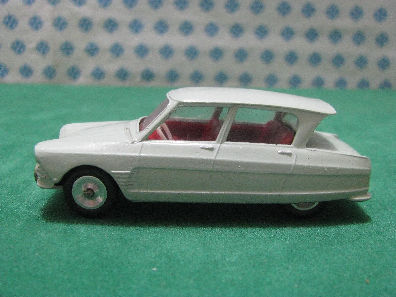 Vintage   CITROEN AMI 6  1/43    Solido 114  serie 100 | Paris  | Un Design Moderne  | L'apparence élégante  254889