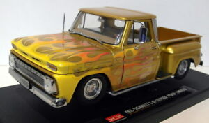 Sunstar-1-18-Scale-Diecast-1393-Chevrolet-C-10-Stepside-Pick-up-Lowrider-Gold
