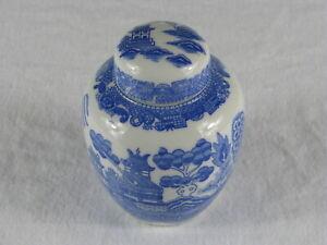 Vintage-Japanese-Pagoda-amp-Village-Scene-Porcelain-Ceramic-Ginger-Jar-Japan