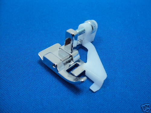 Pie Dobladillo Ciego funciona en máquinas de coser doméstica