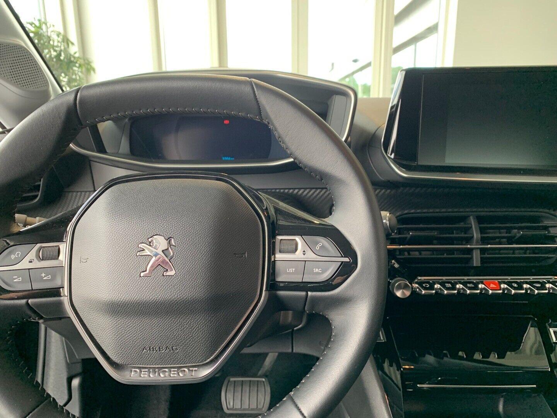Peugeot e-208  Allure