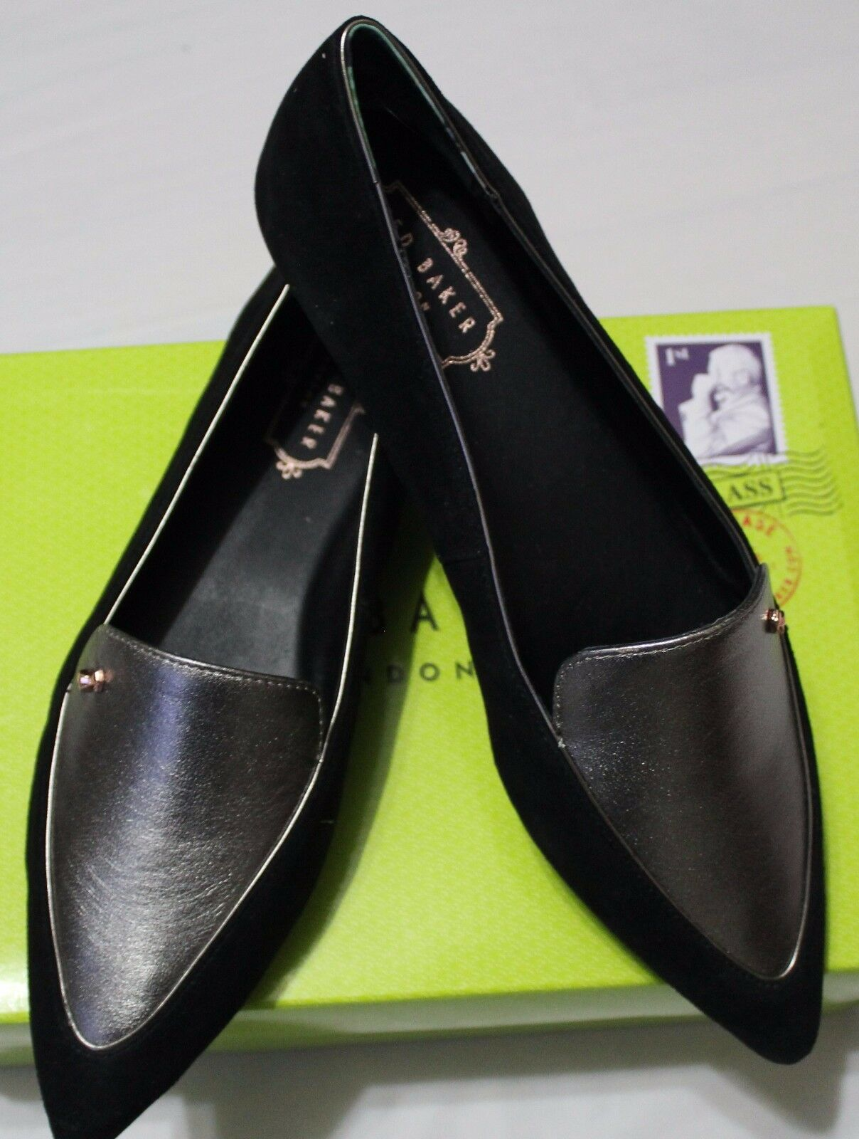 148 TED BAKER OLESHKY BLACK/METALLIC SUEDE POINTY  Schuhe