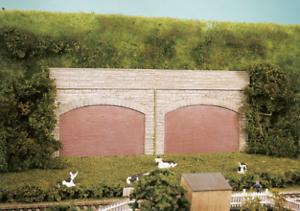 Wills SS69 Stone type Retaining Arches Plastic Kit OO Gauge Pk4