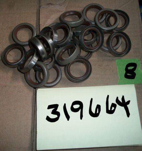 1 NOS 20-35HP 78 thru johnson//evinrude outboard lower crank shaft seal P//N319664
