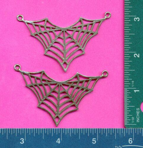lead free pewter spiderweb pendant 5129