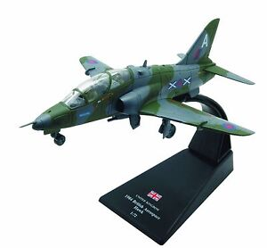 British-Aerospace-Hawk-diecast-1-72-model-Amercom-SL-57