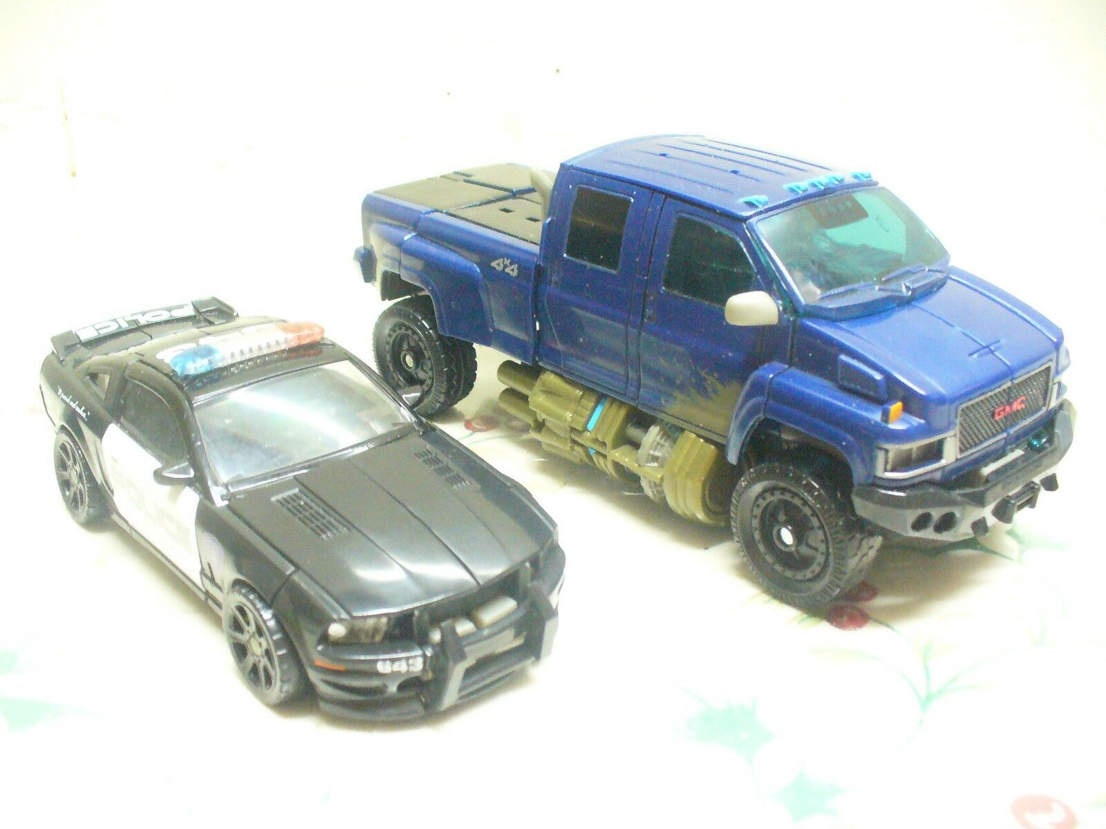 Transformers action action action figures, IRONHIDE & BARRICADE both complete   VGC 829499