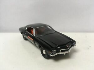 1971-71-Chevy-Camaro-SS-396-Collectible-1-64-Scale-Diecast-Diorama-Model