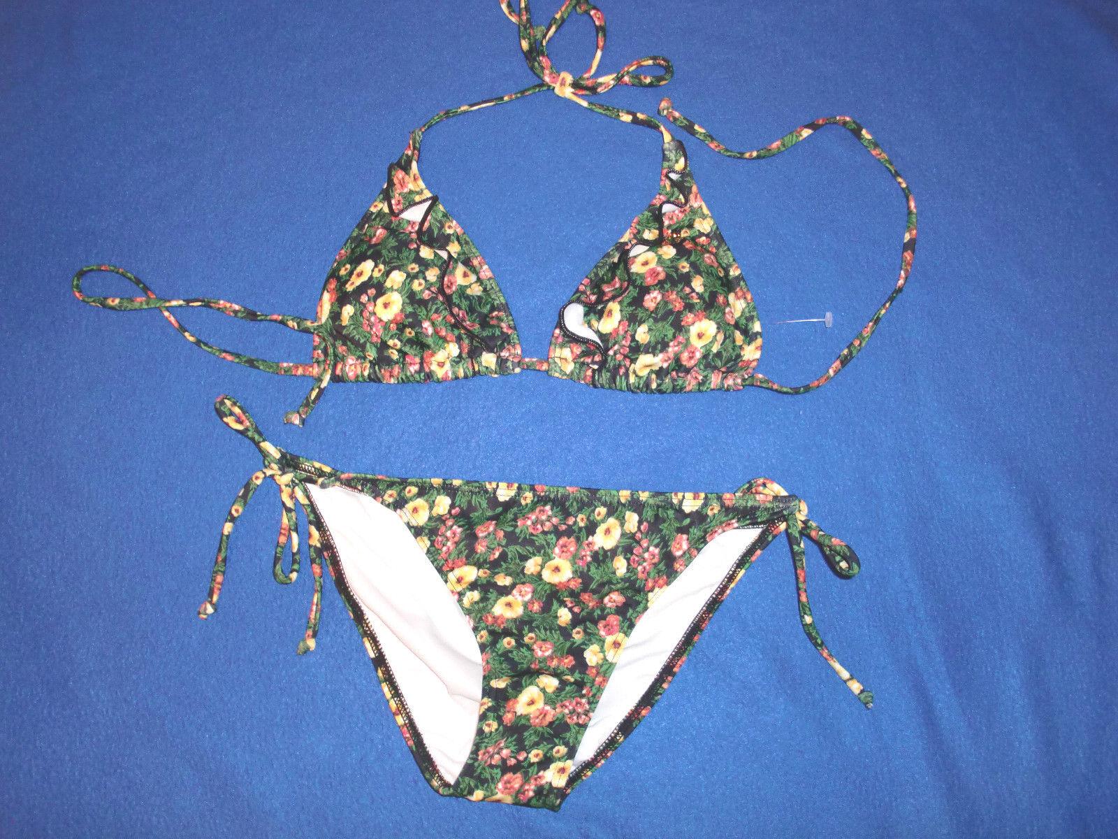 NWT  128.00  GUESS USA Floral Logos Ruffles  w Trangle Bikini Swimwear size SM