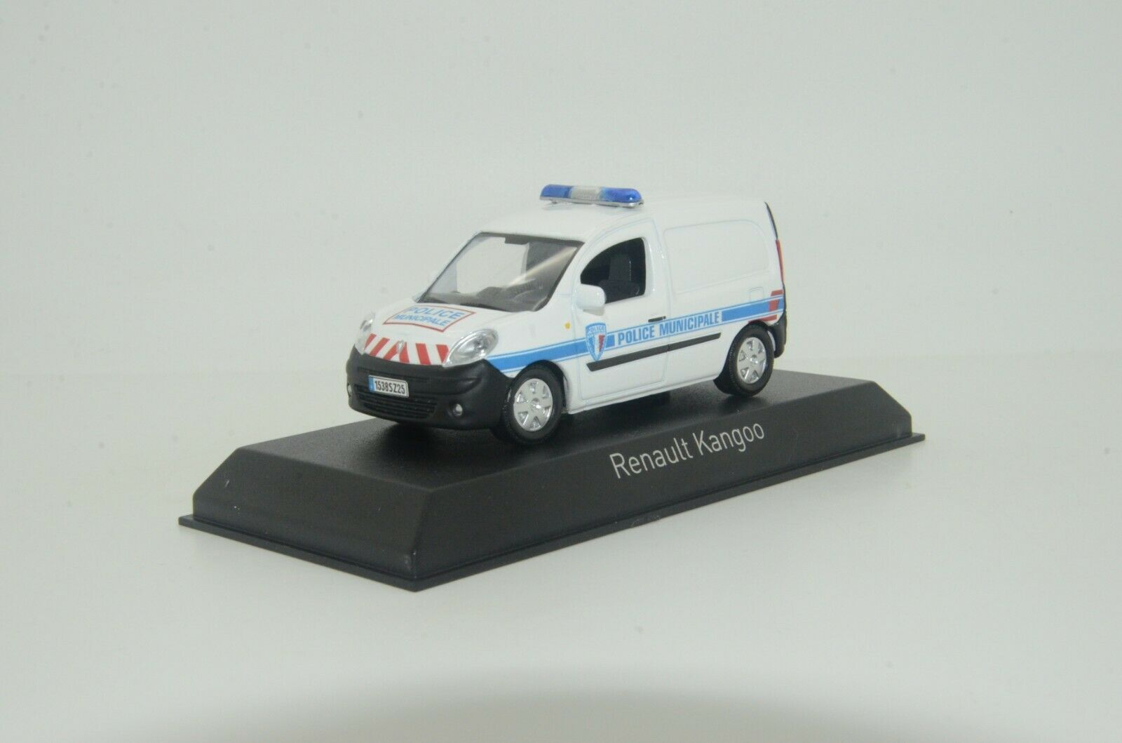 RARE     Renault Kangoo France Police Municipale Custom Made 1 43