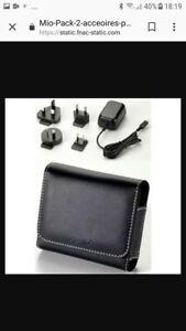 Mio Pack 2 accessoires pour GPS Moov série 500.