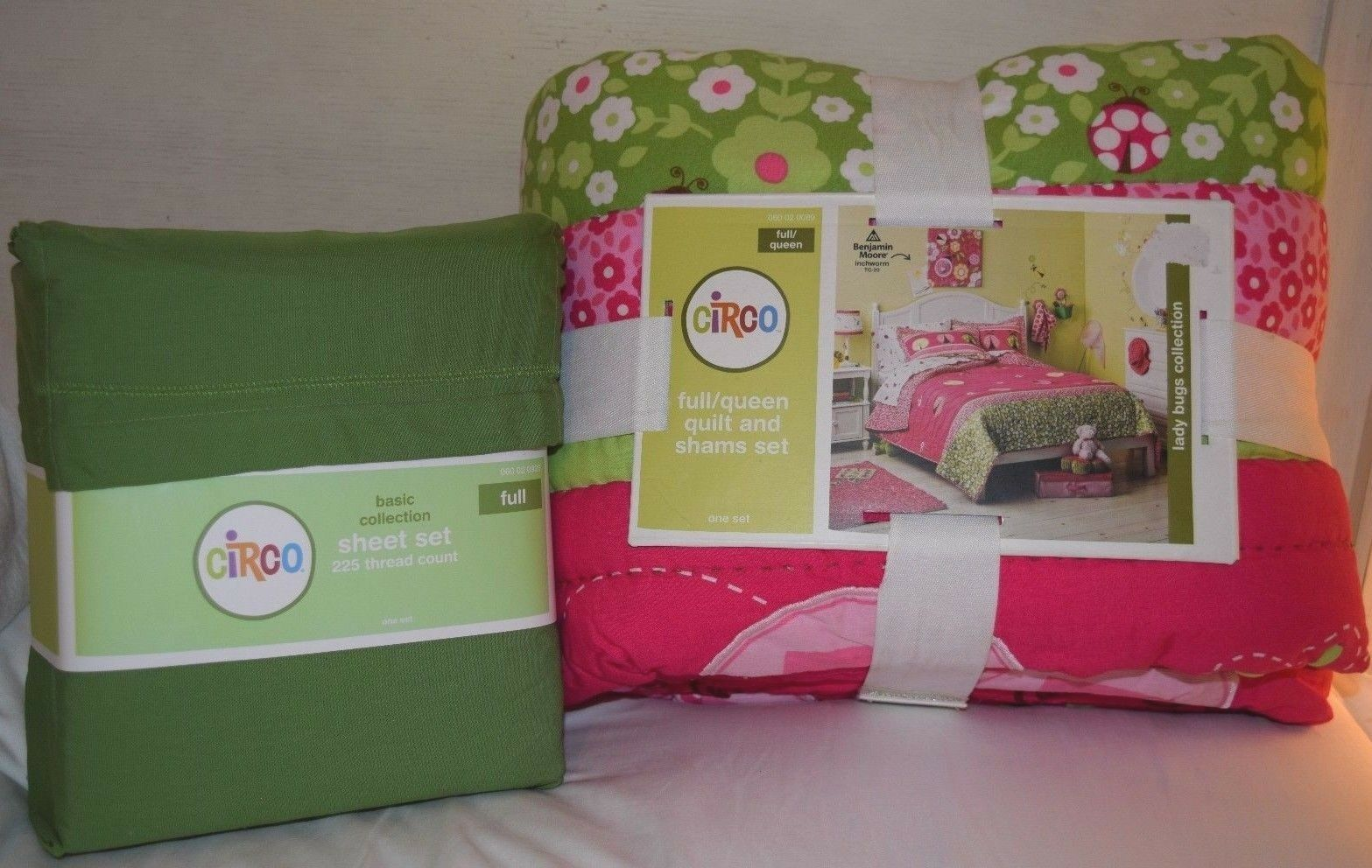 Circo Ladybug F Q Cotton Quilt & Sham Set Green Full Sheet White Pink FloralBN