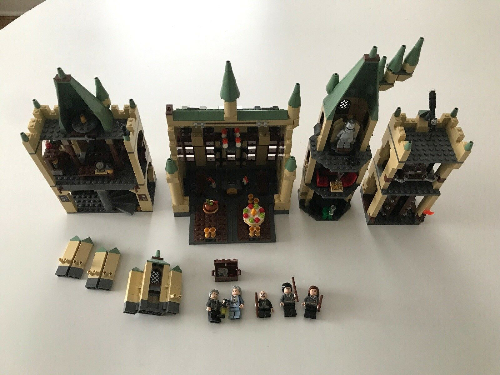 LEGO set 4842 Harry Potter Hogwarts Castle INCOMPLETE