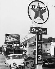 Texaco Gas Service Station Photo Fleischmann's Whiskey Auto Car 1956 Vintage