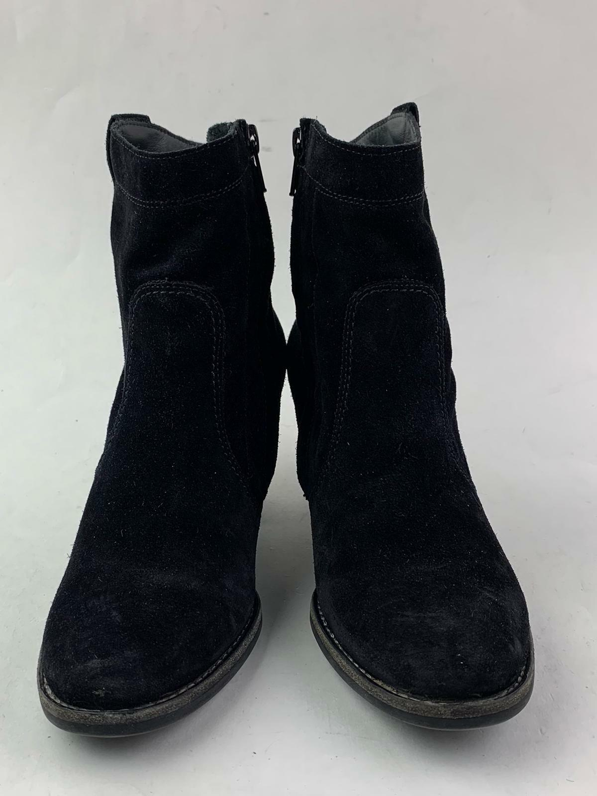 Paul Green Reese Suede Ankle Bootie 3.5 uk 6 US