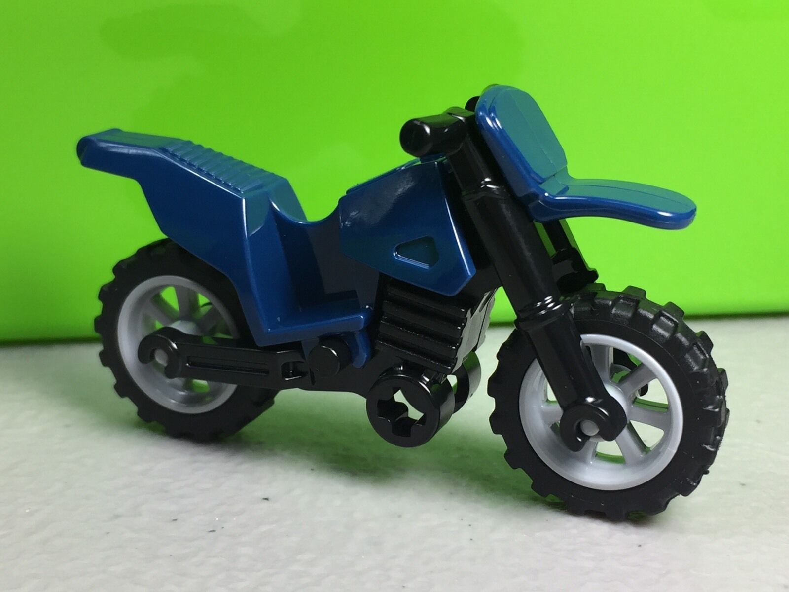 LEGO ® OFFICIAL 1x Blue dirt bike motorcycle with grey wheels NEW 50860c02