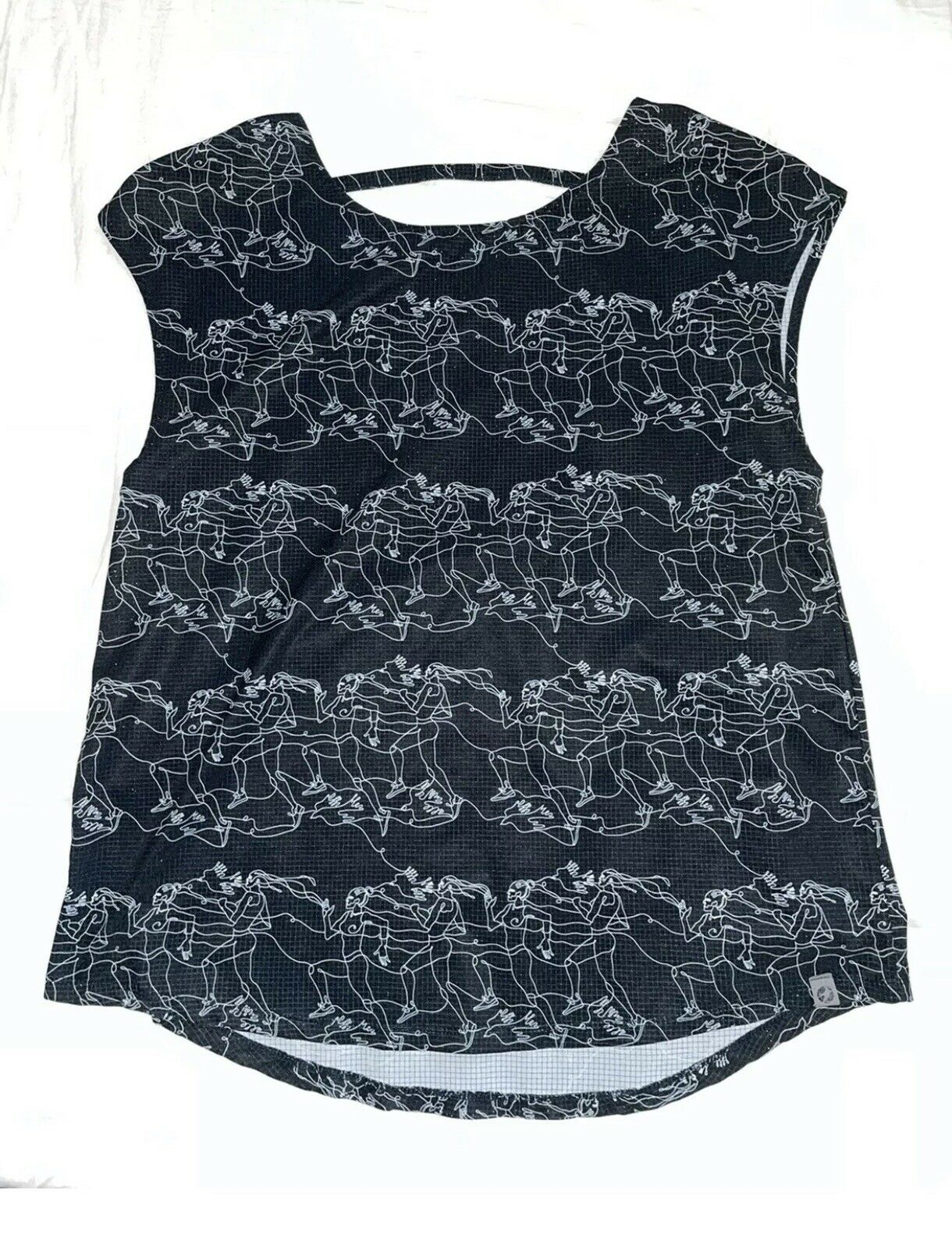 Oiselle Women's Running Cap Sleeve Top, Size 6, Black/White Backstory