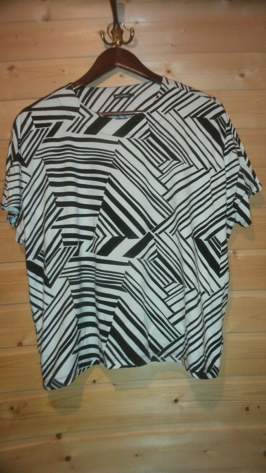 LADIES MARIMEKKO STRETCH VISCOSE SHORT SLEEVE SHIRT MARVELLA SZ L NWOT