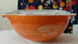 Pyrex Nesting Cinderella Mixing Bowl #443 Orange Wheat  2.5 L and lid 475C18