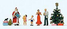 Preiser 10652 H0 Frohe Weihnachten, 5 Figuren und Zubehör, handbemalt, Neuware