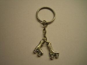 Schlüsselanhänger mit Rollschuh, Rollschuhanhänger (Schlüsselring, Kürkleid)