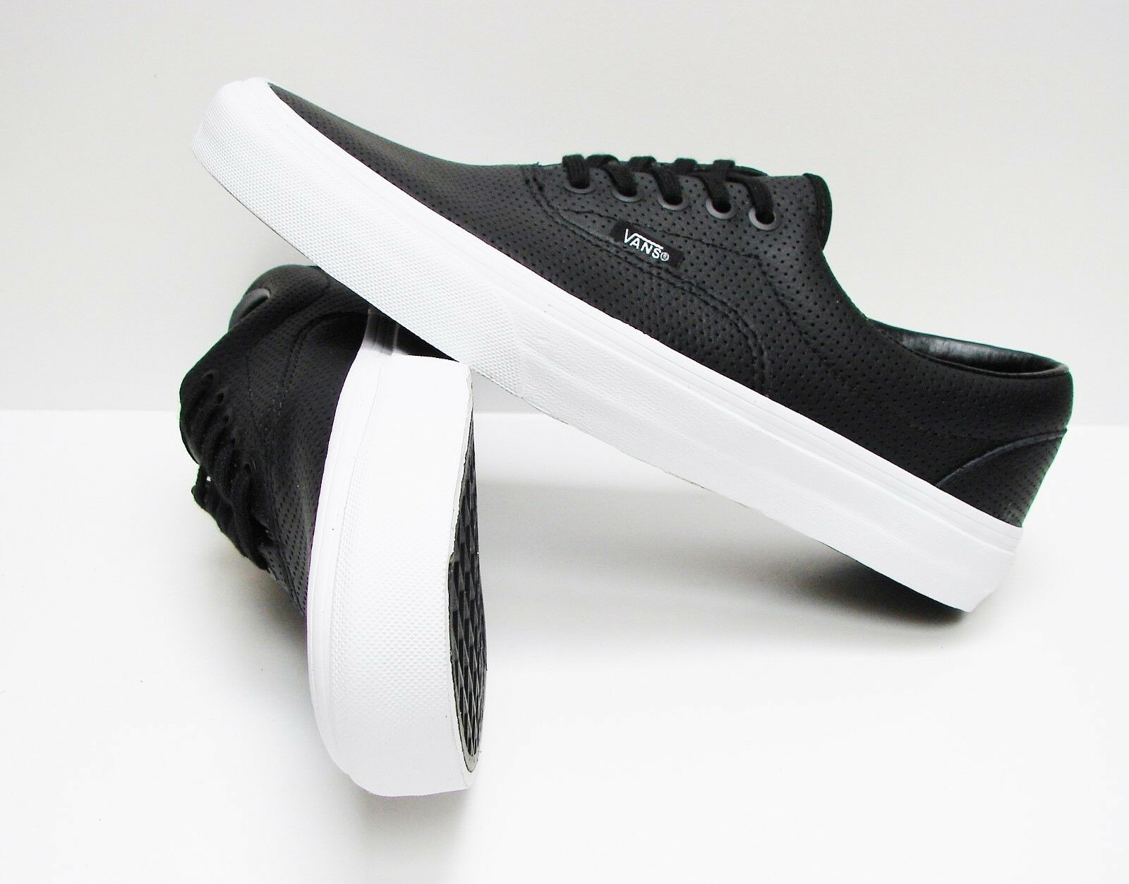 VANS ERA (PERFORATED LEATHER) VN-00018FDJ6 MEN'S SIZE: 11.5