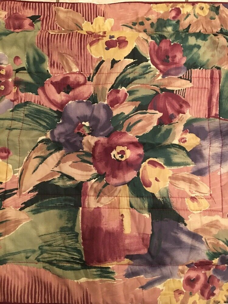 Croscill Burgundy Pillow Shams Set Of 2 Floral Flowers In Vase Green blueeee