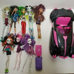 Monster-High-Dolls-Lot-Of-8-And-Pink-Car-Mattel-Clothing-Outfits-Shoes-Luggage