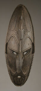 Masque-des-murik-lakes-spirit-mask-art-papou-papua-new-guinea