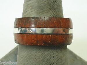 Sterling-silver-ring-with-IPE-wood-accents
